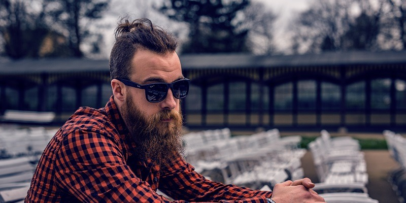 Male Face Shapes: What Kind of Beard Should You Grow?